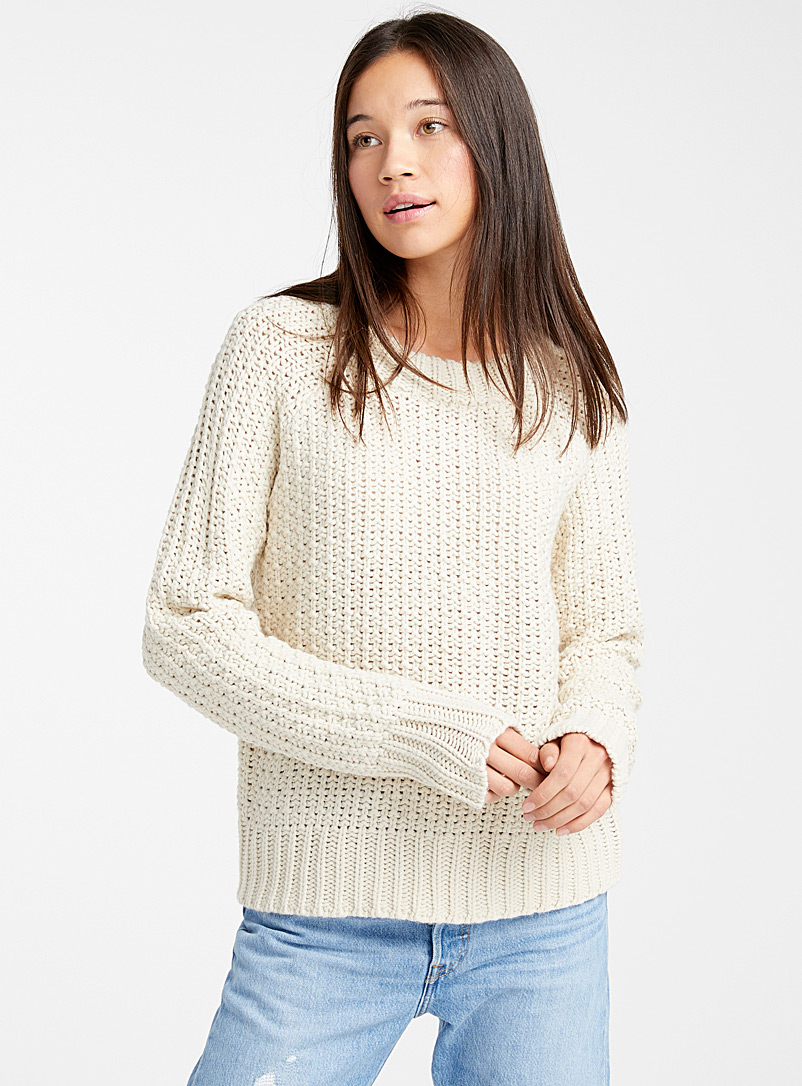 textured-raglan-crew-neck-sweater