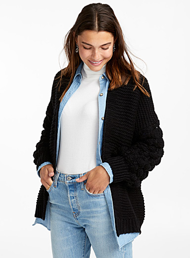 Le cardigan manches tricot panier