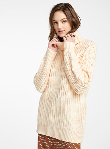 Pompom cable ribbed sweater
