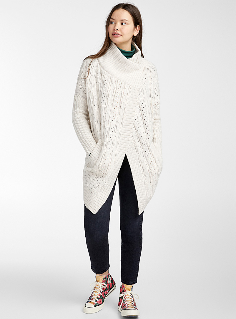 crossover-neck-pointelle-cardigan