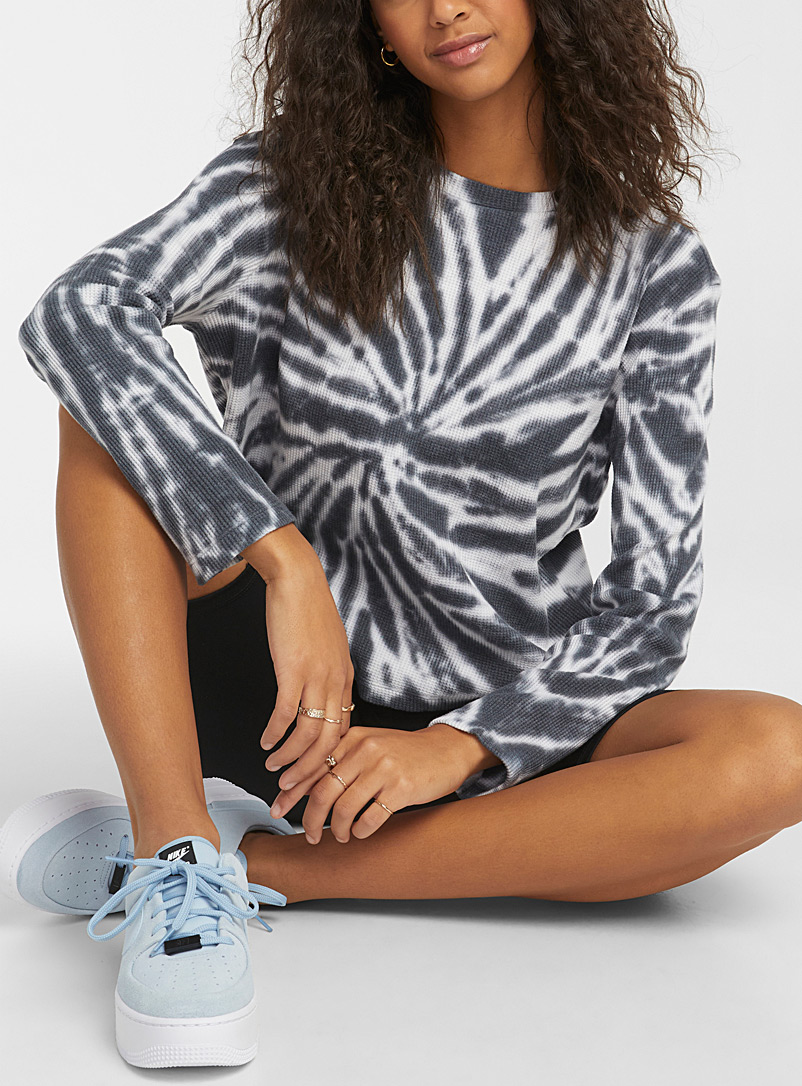 Twik Patterned Black Tie-dye waffled tee for women