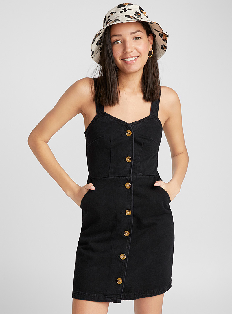 accent-button-fitted-denim-dress