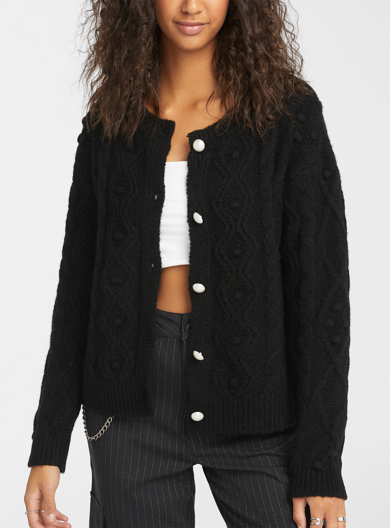Le cardigan boutons perles