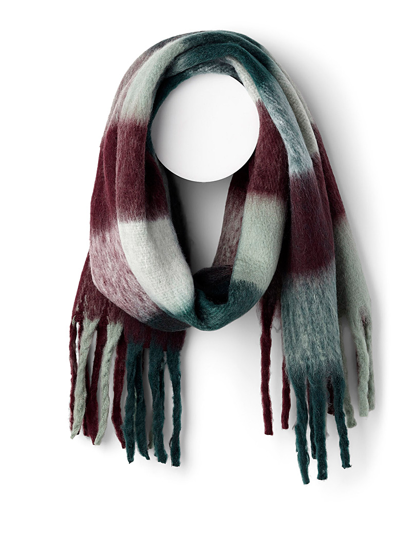 check-oversized-scarf