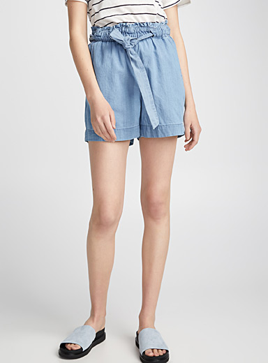 Le short chambray taille froncée