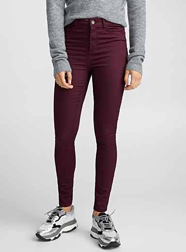 Fall-coloured skinny jean