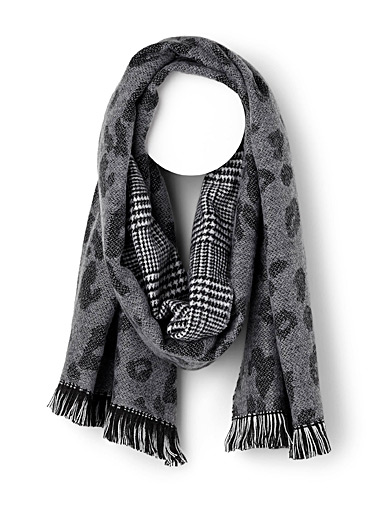 Houndstooth leopard scarf