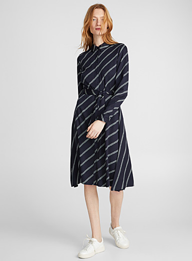 Ribbon-belt diagonal stripe dress