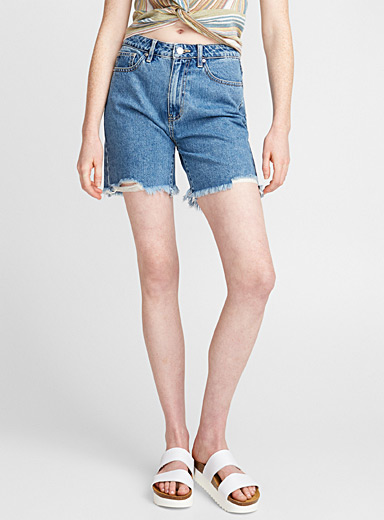 Frayed mom short
