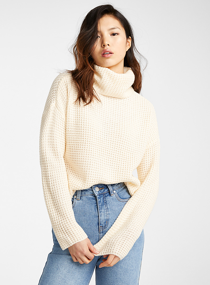 Vero Moda Cream Beige Waffle turtleneck sweater for women