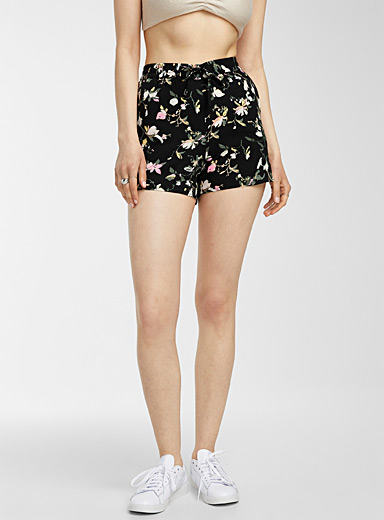 Eco-friendly viscose floral short