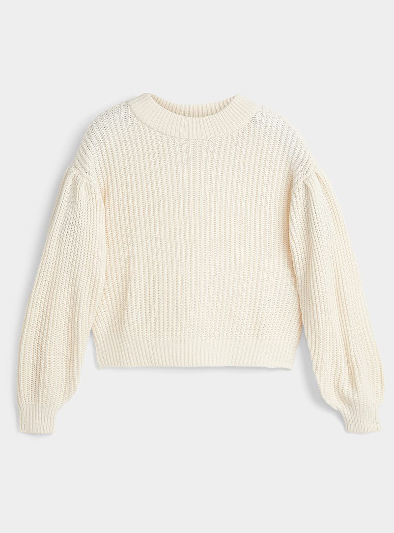 Le pull court manches bulle
