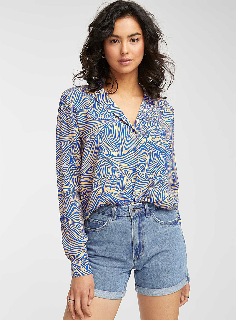 Vero Moda Patterned Blue Eco-friendly viscose abstract lines blouse for women