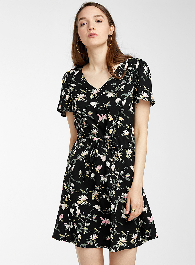 Vero Moda Patterned Black Tie-waist eco-friendly viscose dress for women