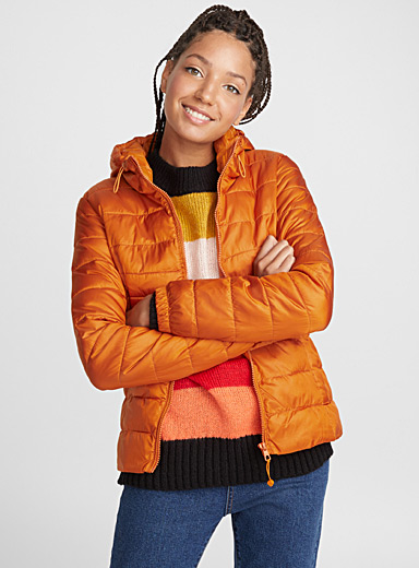 Packable satiny puffer jacket