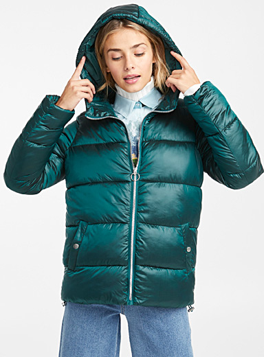 Shiny nylon puffer jacket