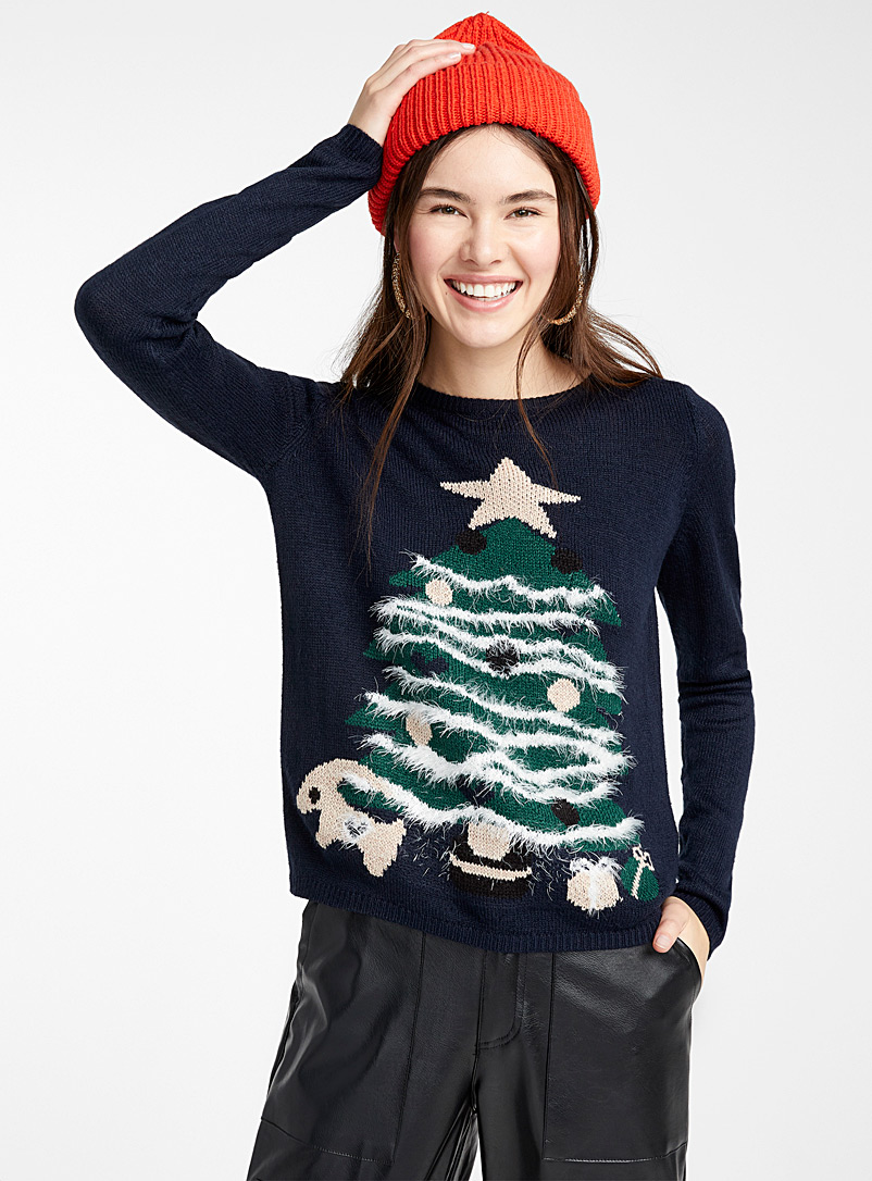 decorated-tree-sweater