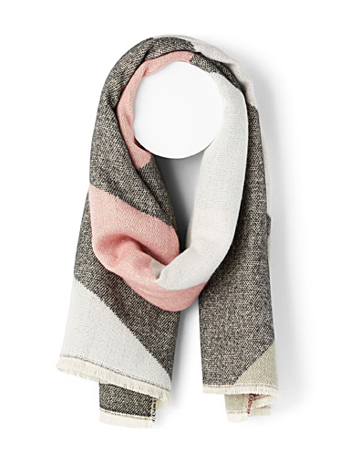 Only Assorted grey  Geo blanket scarf for women