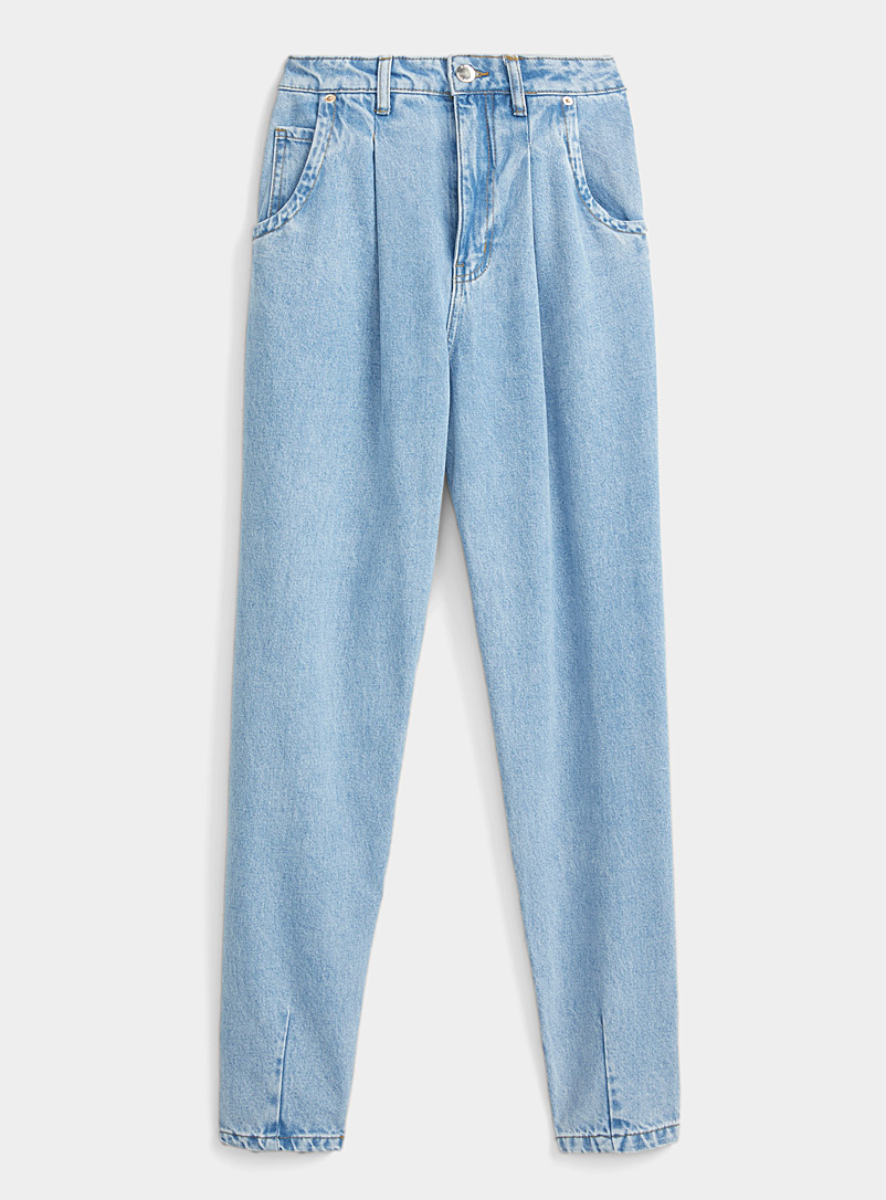 Pleated-waist mom jean