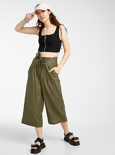Eco-friendly viscose buckled-waist gaucho pant