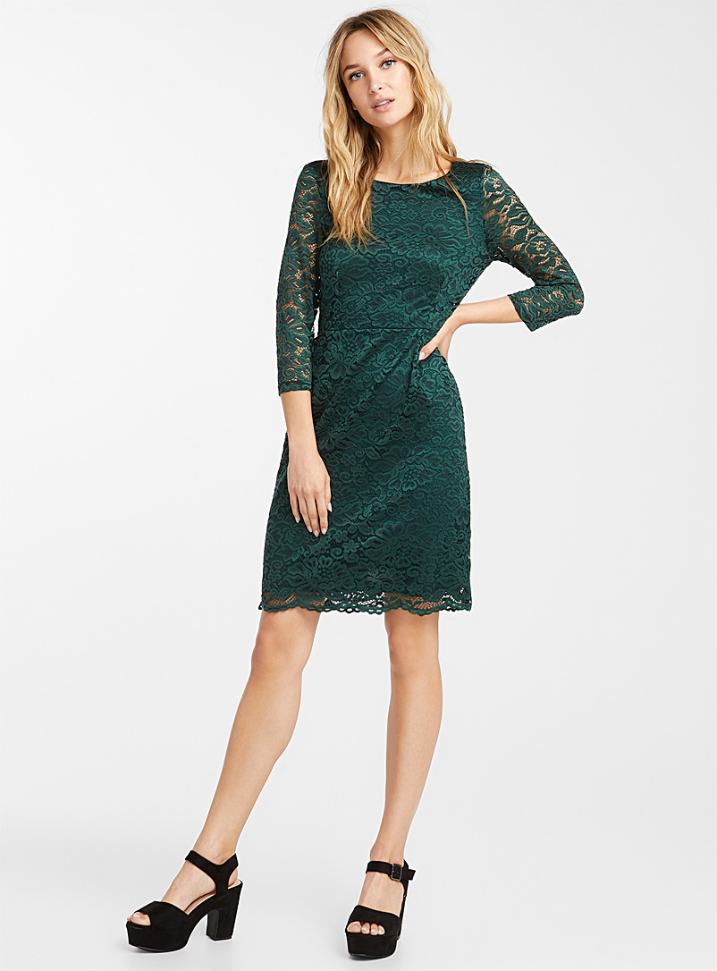Black floral lace dress - Fit & Flare - Mossy Green