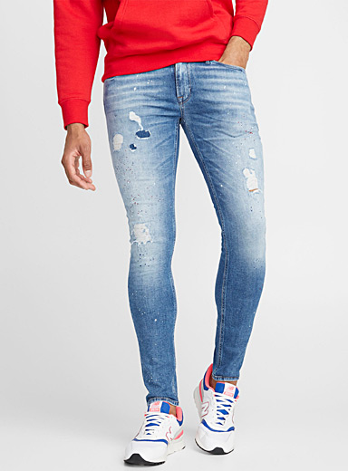 Fully distressed jean  Skinny fit
