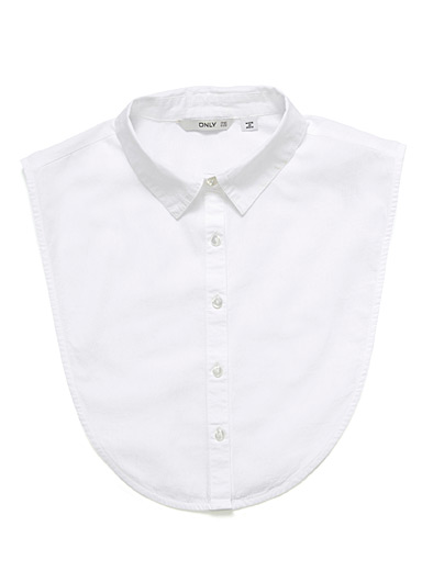 Le col chemise blanche