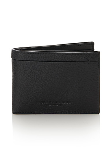 Multi-textured leather wallet