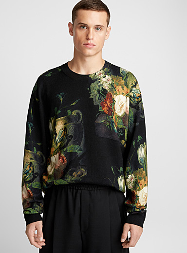 Black floral bouquet sweater