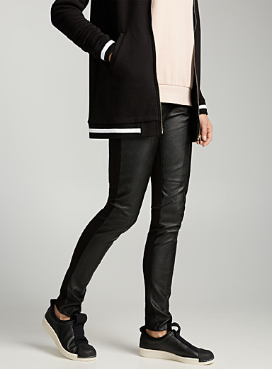 Faux-leather face legging