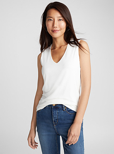 Minimalist V-neck tank top