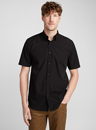 Easy-care minimalist shirt <br>Modern fit