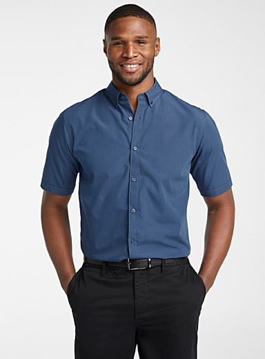 Easy-care solid shirt  Modern fit