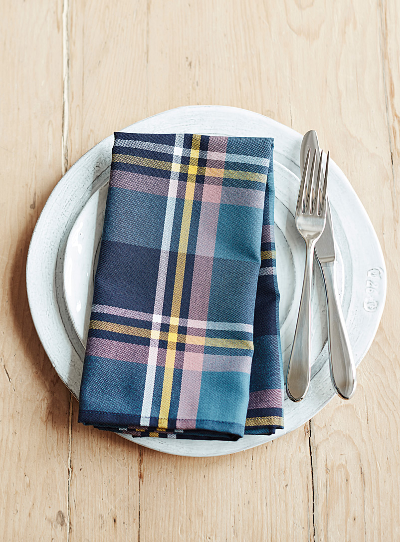 sam-s-plaid-napkin