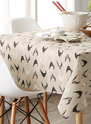 Hen sketches tablecloth
