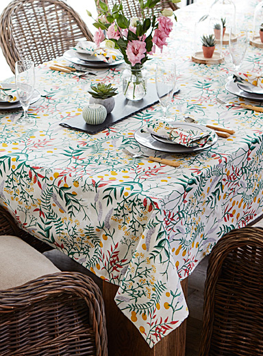 Botanical bouquet tablecloth