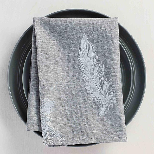 silver-feather-jacquard-napkin