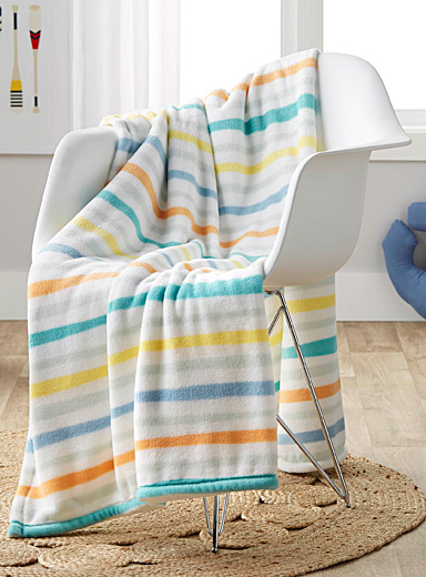 Summery stripe throw  130 x 180 cm