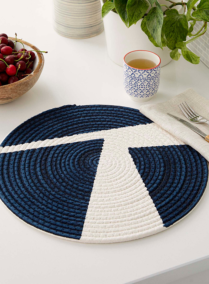 navy-geometric-braided-placemat