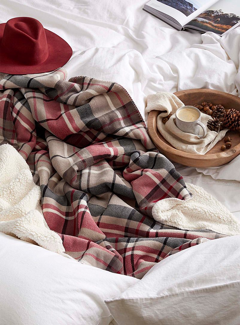 reversible-plaid-plush-throw-br-130-x-150-cm