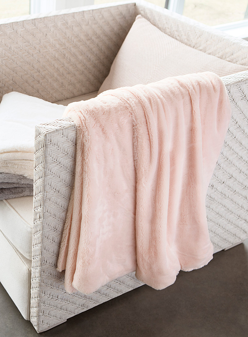 Pastel velvet plush throw  130 x 160 cm - Fur - Dusky Pink