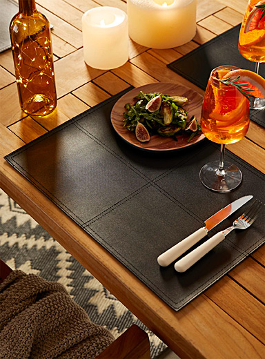 Faux piqué leather place mat