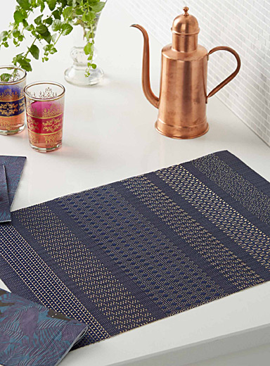 Textured striped vinyl placemat