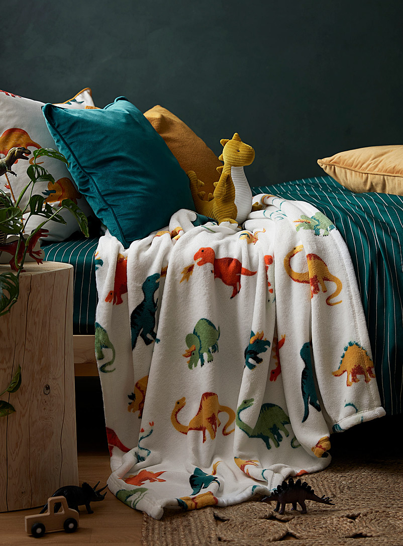 Adorable dinosaur throw  110 x 140 cm