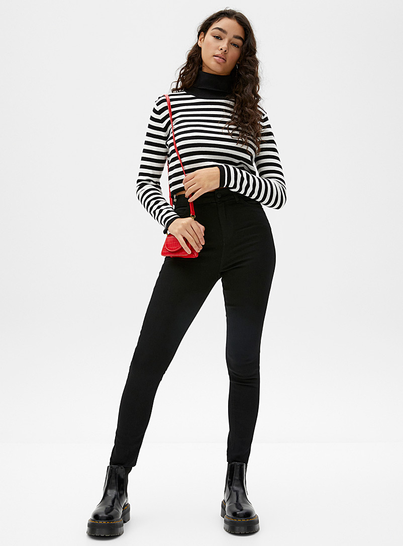 Faded black high-rise skinny jean  Punk fit