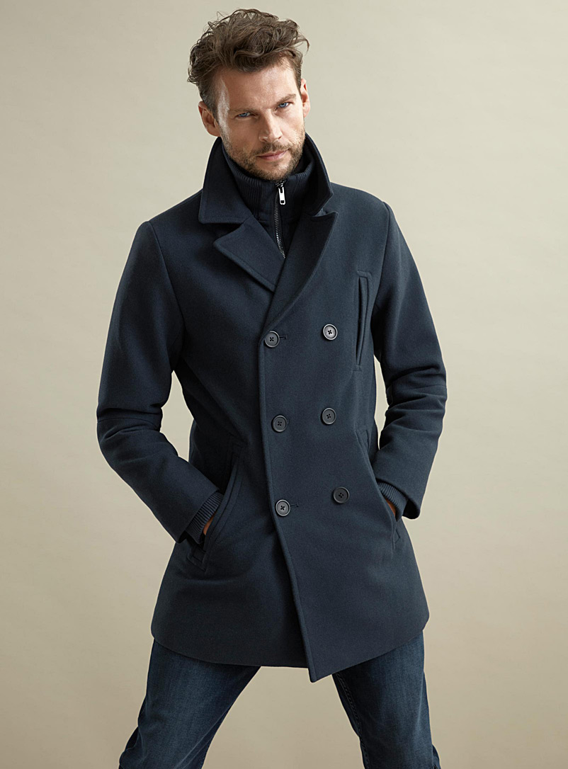 double-breasted-removable-collar-pea-coat