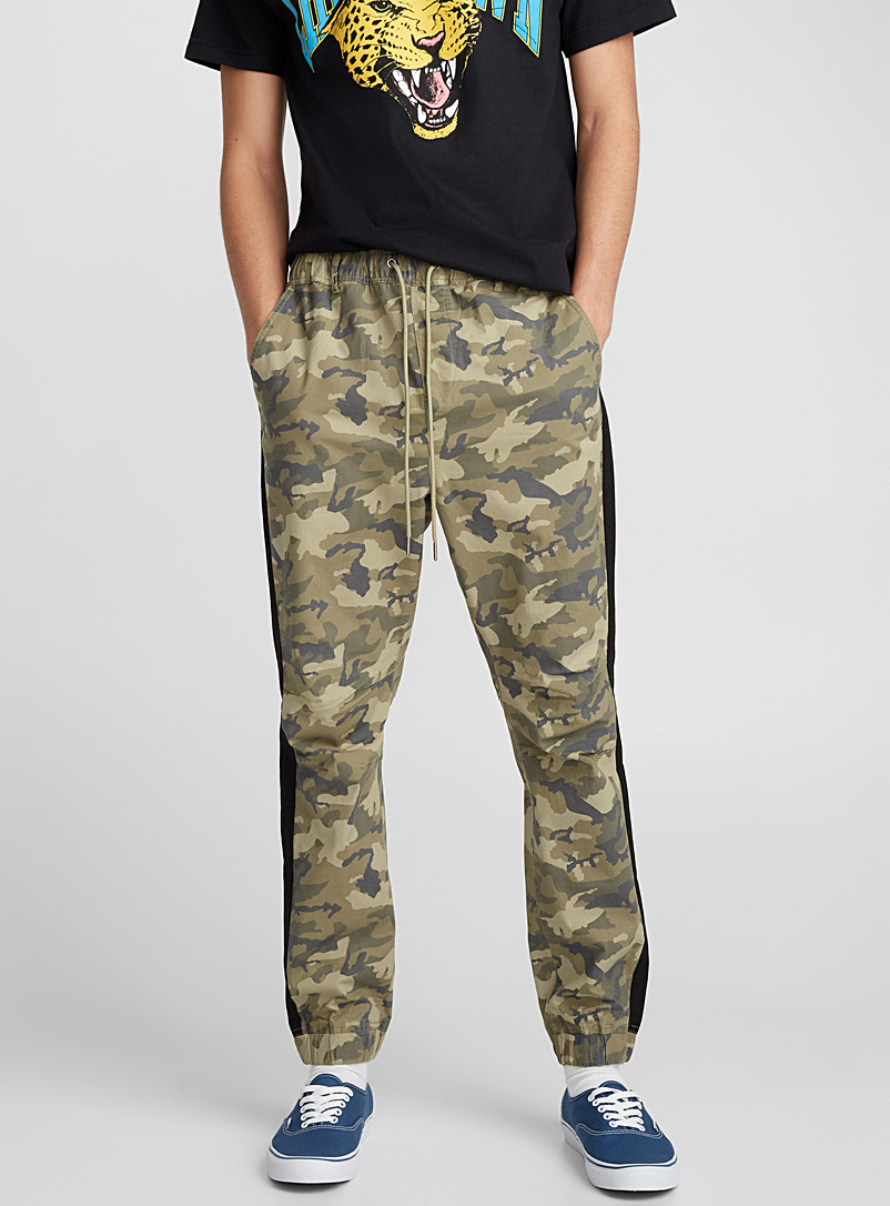 Side stripe camo jogger pant - Joggers - Patterned Green