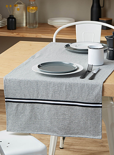 Active life table runner  50 x 150 cm