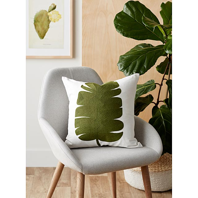 green-leaf-cushion-45-x-45-cm