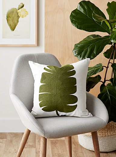Green leaf cushion  45 x 45 cm